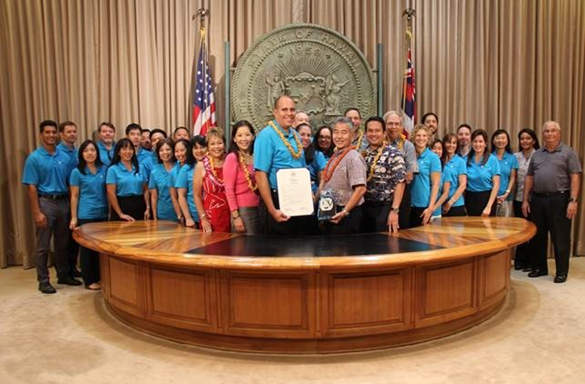 On Wednesday, Oct. 5, 2016, Commissioners Lorraine Akiba and Thomas Gorak along with the Hawaii Energy team joined Governor Ige as he proclaimed the day as Hawaii Energy Efficiency Day. Hawaii celebrated the inaugural National Energy Efficiency day as a part of the National Energy Awareness Month in October.